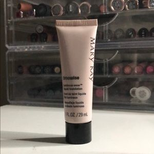 Other - Mary Kay luminous foundation